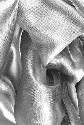 Společenský šál CLOE ocelově stříbrný 70 x 170 cm - RC-Šaty.cz 73da4d7659